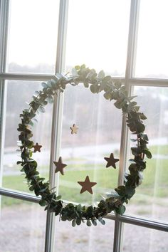 The Forge: diy: eucalyptus christmas wreath
