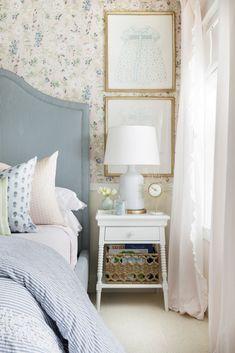 20 Top Blue Master Bedroom Design Ideas That Looks Great Blue Master Bedroom, Master Bedroom Design, Home Bedroom, Bedroom Furniture, Single Bedroom, Master Suite, Furniture Ideas, Modern Furniture, Bedroom 2018