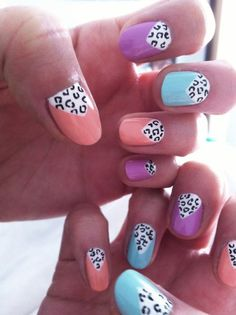 Cute way to change it up with the leopard print at the cuticle instead of the tips.