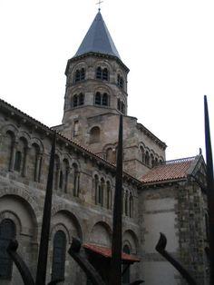 Clermont Ferrand Notre Dame du port