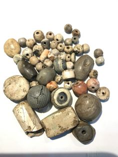 Rare burned agate beads from the ancient Indus Civilization / 1700 BCE) by uddiyanaart on Etsy Agate Beads, Lampwork Beads, Gold Beads, Crystal Bead Necklace, Crystal Beads, Agate Stone, Stone Beads, Ancient Jewelry, Bead Caps