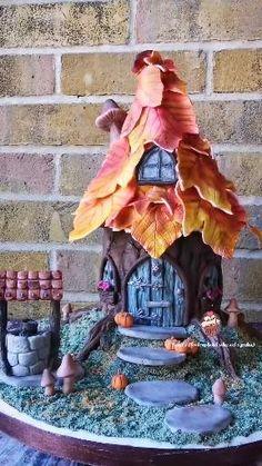 Fairy Castle Cake, Fairy House Cake, Clay Fairy House, Fall Birthday, Birthday Cake Girls, Tree Stump Cake, Fairy Jars, Clay Fairies, Fairy Crafts