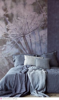 Ideas wall paper bedroom boho home for 2019 Home Bedroom, Bedroom Wall, Master Bedroom, Bedroom Decor, Wall Decor, Wallpaper Collection, Wallpaper Warehouse, Blue Walls, House Rooms