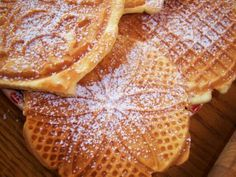 What's Cookin' Italian Style Cuisine: Italian Pizzelle Waffle Cookie Recipe For An Old Fashioned Christmas