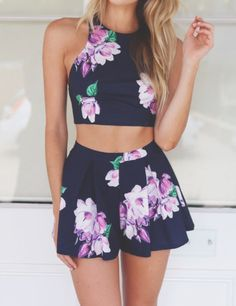 Wheretoget - Two-piece navy blue floral romper