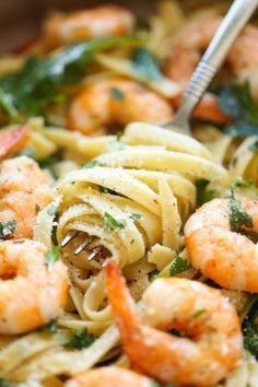 Garlic Butter Shrimp Pasta - 11 Shrimp Recipes Which Will Leave You Licking Your Plate Prawn Recipes, Shrimp Pasta Recipes, Kfc Chicken Recipe, Easy Chicken Recipes, All You Need Is, Garlic Butter Shrimp Pasta, 30 Minute Dinners, Protein Shake Recipes, Healthy Dessert Recipes