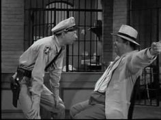 The Andy Griffith Show - The Barney Fife Peter Pieper Nose Pinching Test Great Tv Shows, Old Tv Shows, Barney Fife, Don Knotts, Barney & Friends, The Andy Griffith Show, Minor Character, I Love To Laugh, Classic Tv