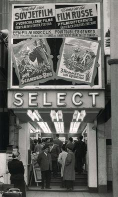 Cinéma Select was gelegen aan het Woodrow Wilsonplein waar thans het Shoppingcenter aan de Zuid is.