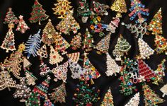 christmas pins | christmas check out the great selection of vintage christmas tree pins ...