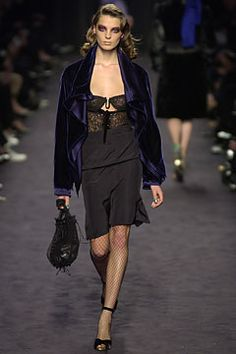 Saint Laurent Fall 2003 Ready-to-Wear - Collection - Gallery - Style.com