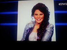 @Ahlam AlShamsi  كيف ما اعشق ابتسامتك وهي من عجائب الدنيا!  اعشقك ملكتي