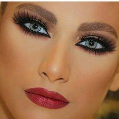 Makeup by talal morcos Glamorous Makeup, Flawless Makeup, Gorgeous Makeup, Love Makeup, Makeup Inspo, Make Up Looks, Eyebrow Makeup, Hair Makeup, Maquillage Yeux Cut Crease