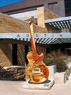 Our city is so darned cool. Guitar art is one of my favorites.