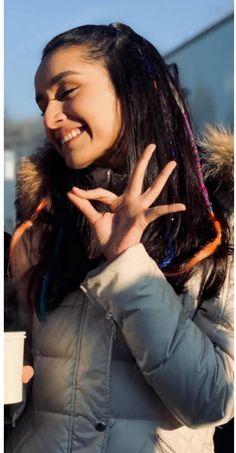 Good night people's❤❤😘 – BuzzTMZ Bollywood Girls, Bollywood Stars, Bollywood Fashion, Shraddha Kapoor Instagram, Shraddha Kapoor Cute, Young Celebrities, Indian Celebrities, Celebs, Beautiful Bollywood Actress