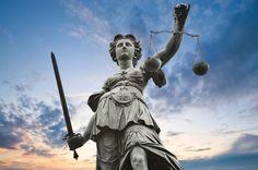 Justismord for rettferdighet er for det meste kjent som oppriktighet eller chastisement for en person for en utvetydig lovbrudd som er i ektheten, ble ikke skapt av ham / henne.