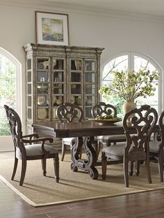 Furniture Huntington Beach Laguna Niguel Torrance Tustin Yorba Linda Ca West Coast Living Thomasville