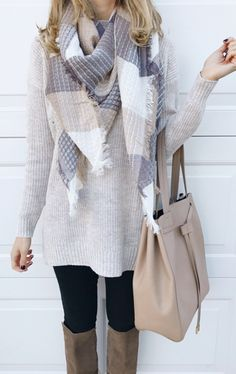 #fall #outfits women's gray and white sweater