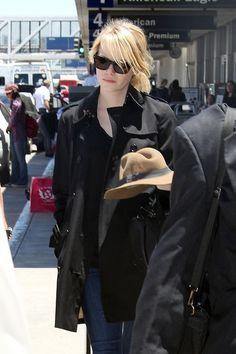 Emma Stone Photos - Emma Stone Arrives in LA - Zimbio