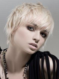 Trend-Short-Hair-Style-for-Women-1.jpg 400×534 pixels