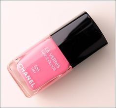My next lemming. I can't get enough of pinks. And I don't own any Chanels - yet.