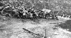 Il 4.11.1918 si concludeva per l'Italia la I guerra mondiale. 10 giorni prima, 41 Divisioni italiane - affiancate da 1 Divisione francese e 1 britannica - erano passate all'offensiva sul Piave nella Battaglia di Vittorio Veneto. Nel novembre del 1917, dopo la disfatta di Caporetto, il gen. Luigi Cadorna venne sostituito, al comando dell'esercito italiano, dal gen. Armando Diaz, il quale fu determinante per il successivo esito della Grande Guerra. #TuscanyAgriturismoGiratola