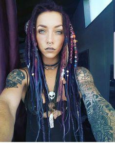 Beauty dreadlocks by Olga Moroz.friendly Thank you for likes.- Beauty dreadlocks by Olga Moroz.friendly Thank you for likes and comments Owner … Beauty dreadlocks by Olga Moroz.friendly Thank you for likes and comments Owner pag - Dreads Styles, Dreadlock Styles, Dreadlock Hairstyles, Cool Hairstyles, Chica Punk, Estilo Hippie Chic, Et Tattoo, Beautiful Dreadlocks, Dreads Girl