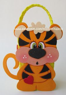 Dulcero Tigre | Miss Dorita Foam Crafts, Diy And Crafts, Arts And Crafts, Painting Patterns, Fabric Painting, Paper Roll Crafts, Foam Sheets, Felt Fabric, Punch Art