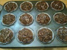 Kókuszos csokis muffin   Veronika Varga receptje - Cookpad receptek Cupcake, Muffin, Breakfast, Food, Morning Coffee, Cupcakes, Essen, Cupcake Cakes, Muffins
