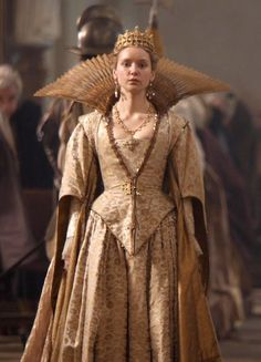 The Musketeers - Queen Anne Medieval Princess, 17th Century Fashion, The Three Musketeers, Georgian Era, Medieval Dress, Movie Costumes, Historical Costume, Period Dramas, Queen Anne