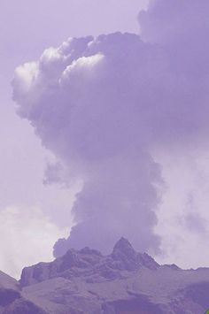 Volcanoes Today, 20 Feb 2014: Kelud, Shiveluch, Kilauea