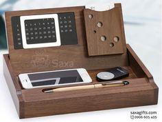 Quà để bàn gỗ in logo 4 in 1 đa năng – QG004 https://saxagifts.com/qua-de-ban-go-in-logo-4-in-1-da-nang/