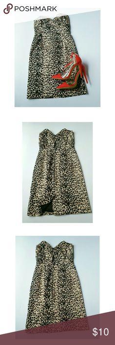 Cheetah mini dress Cute little mini dress! Zips up in back with slit in back also! Twenty One Dresses Mini