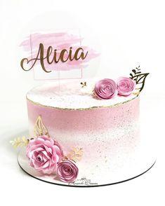 Happy Birthday Cakes For Women, Cake Design, Fotos Do Instagram, Cupcake, Muffin, Desserts, Rose Cake, Amor, Profile