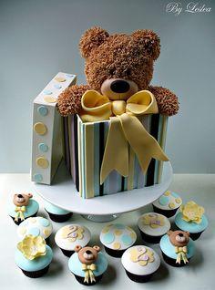 Bear with cupcakes   Flickr: Intercambio de fotos