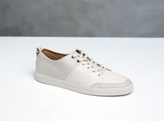 Haerfest - AE16 – Leather Trainer in Ivory / Off White