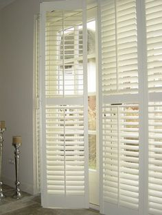 Install repurposed shutters on lounge and dining windows Pallet Shutters, Interior Shutters, Window Shutters, Interior And Exterior, Bedroom Shutters, Repurposed Shutters, Cosy Living, Interior Styling, Interior Design