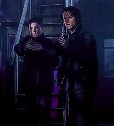 Dean's signal for vampires [GIF] ›› uh, yeah... yeah, got it. #Supernatural #SPN