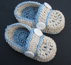 These baby loafer booties are hand crocheted with high quality fine cotton thread in your choice of color and light blue sole. Booties are finished with pair of white buttons. Please select desired size and color from the drop-down menu. Foot/shoe length for: Preemie-Newborn - 3 0-3 months - up to 3 1/2 3-6 months - up to 4  If other size is needed please feel free to contact me.  Created in smoke/pet free environment.  Have a look at my other items. I will gladly combine shipp...
