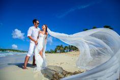 beach wedding in Dominicana, Lilia Sinina custom made dress