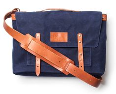 WAXED CANVAS MESSENGER BAG (NAVY) | Ugmonk