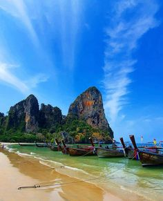 Railay Beach Krabi, Best Scuba Diving, Clean Beach, Visit Thailand, Beautiful Nature Wallpaper, Sand And Water, Tropical Beaches, Ancient Ruins, Future Travel