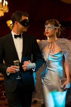 6 Unintentionally Funny Moments in Fifty Shades Darker Ana (Dakota Johnson) and Christian (Jamie Dornan) are back for Fifty Shades Darker, and moviegoers are certainly in for an interesting ride. 50 Shades Darker, Shades Of Grey Film, Fifty Shades Of Grey Wallpaper, 50 Shades Freed, Fifty Shades Quotes, Fifty Shades Series, Fifty Shades Movie, Mr Grey, Jamie Dornan