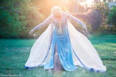 Elsa From FROZEN ~Disney Cosplay! <3 Magic is everywhere