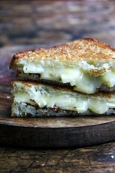 grilled apple, cheddar, and mustard sandwich
