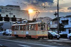 Early morning Iyotetsu tram in Matsuyama #tram #Shikoku #Matsuyama