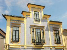 Palazzo a Sintra, con riferimenti alle pagode cinesi.