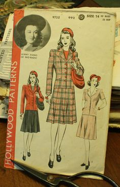 Hollywood 9732 1940s 40s Jacket Skirt Walking by EleanorMeriwether, $14.00