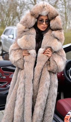 Winter Coats Women, Coats For Women, Clothes For Women, Chinchilla, Lynx, Vest For Sale, Fabulous Furs, Fox Fur Coat, Fur Fashion