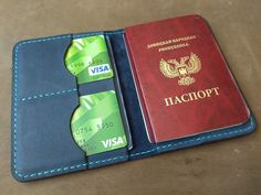 Фотография Leather Wallets, Leather Bags, Leather Card Wallet, Passport Wallet, Leather Projects, Leather Working, Projects To Try, Lovers, Phone Cases