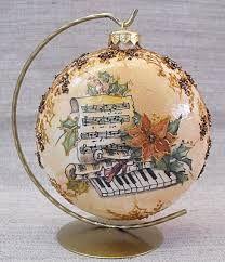 Decoupage U Edyty . Christmas Decoupage, Painted Christmas Ornaments, Quilted Ornaments, Vintage Christmas Cards, Christmas Art, Holiday Ornaments, Handmade Christmas, Christmas Tree Ornaments, Ornaments Ideas